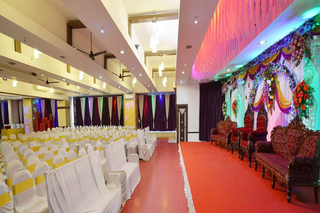 Gloria Banquet thane west mumbai 5