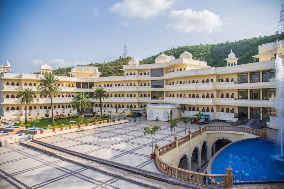 Labh Garh Palace Resort N Spa Udaipur India 1