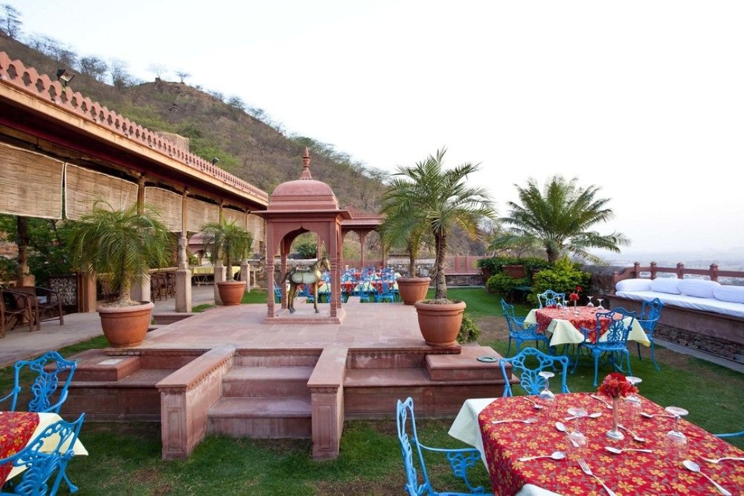 Neemrana Fort Palace Rajasthan India Garden 3