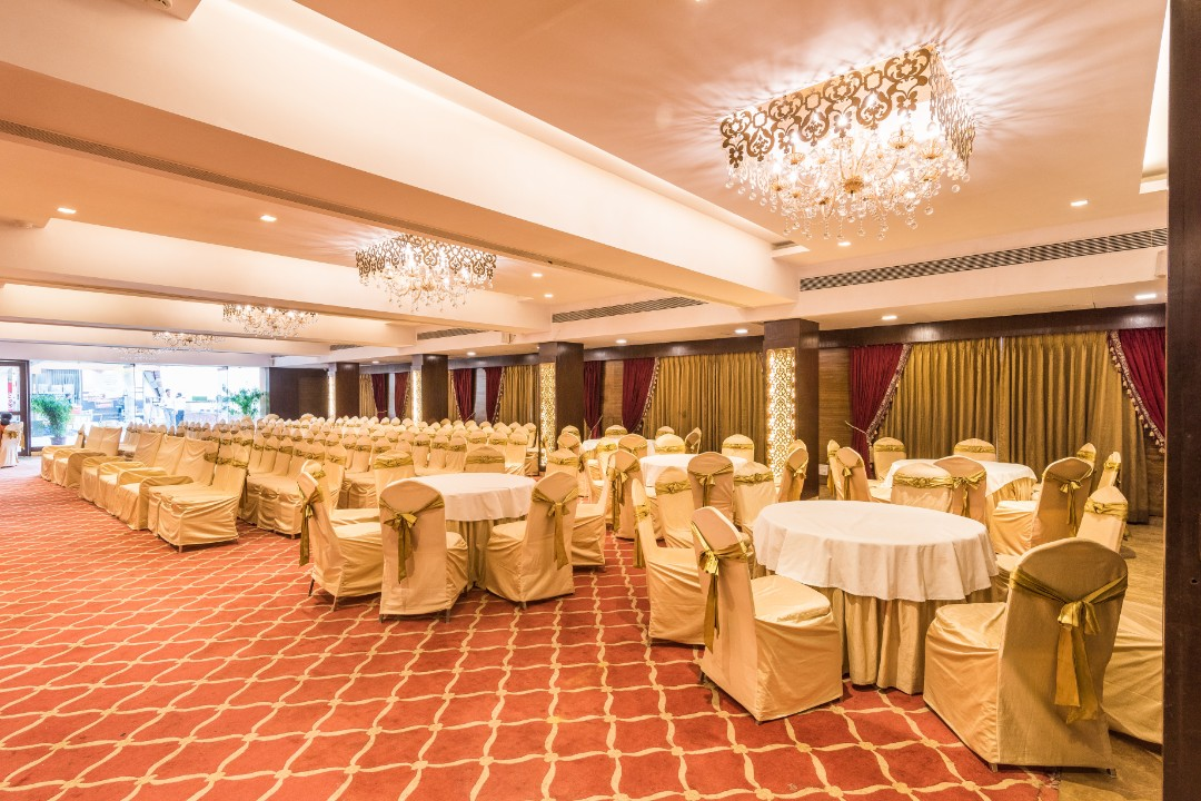 golden leaf banquet malad mumbai 1