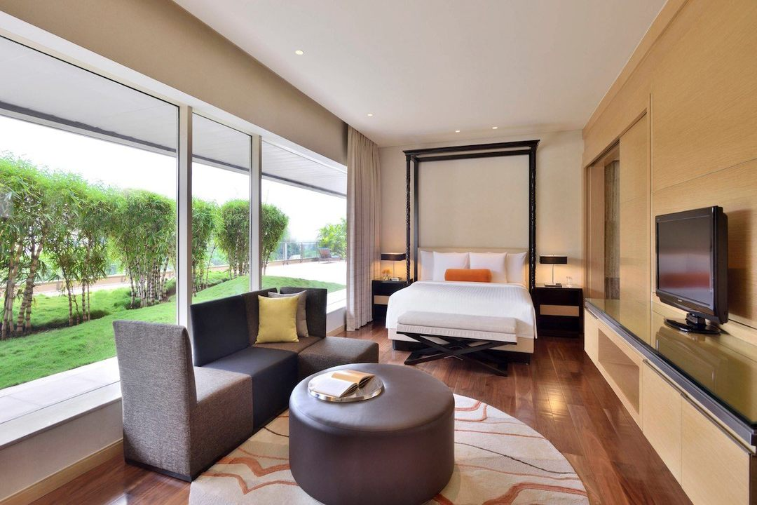 Courtyard by Marriott Pune India Junior Suite 1