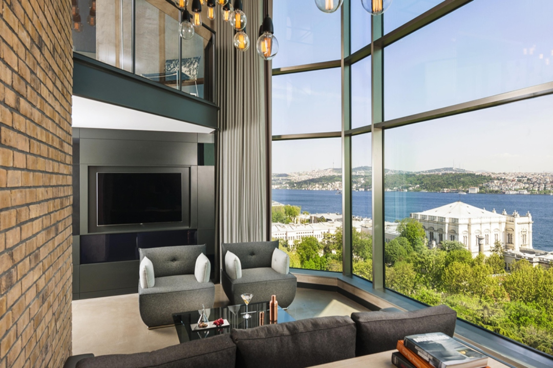 Swissotel The Bosphorus Istanbul Turkey Signature Loft Corner Bosphorus 1