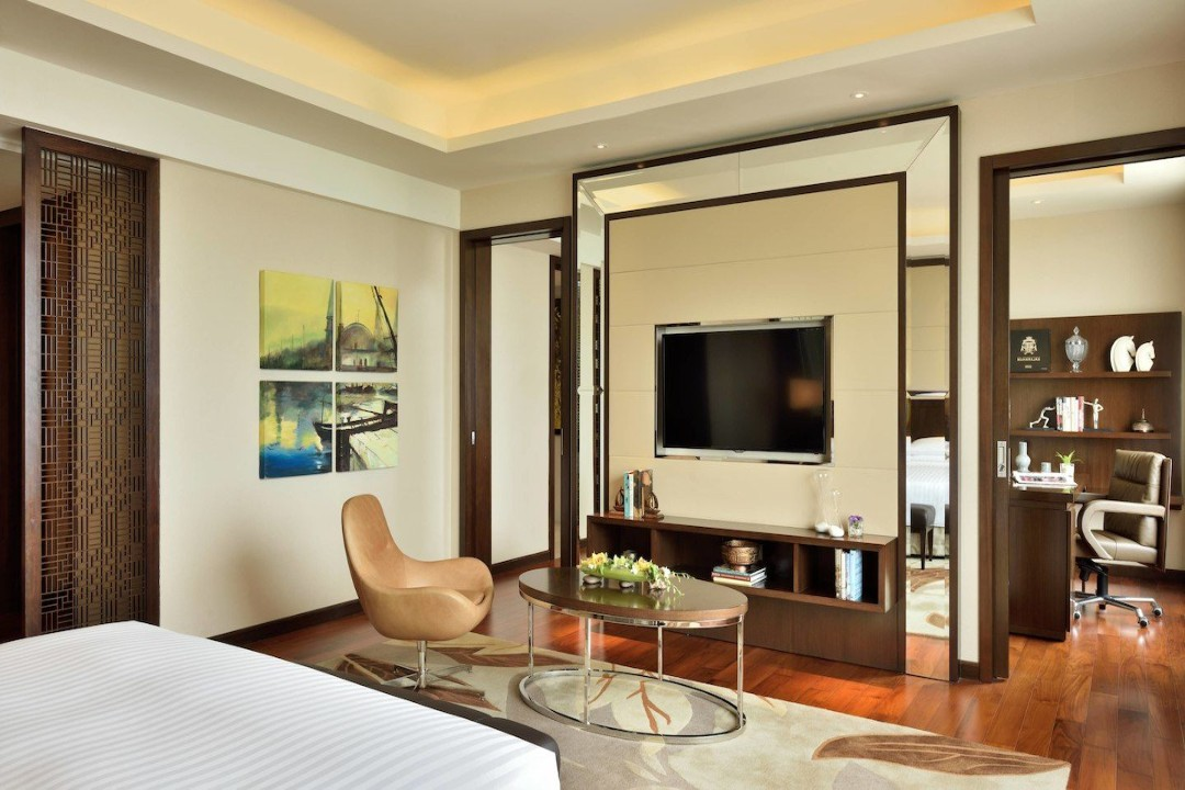 Kochi Marriott Hotel Kerala India Vice Presidential Suite 1