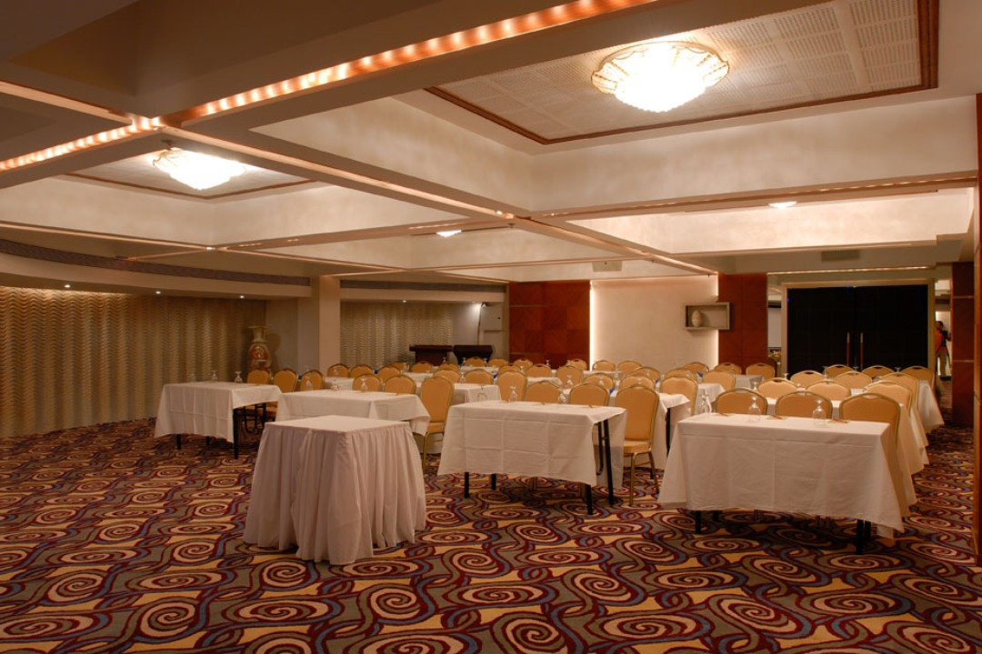 The Peninsula Grand Hotel Andheri East mumbai Concorde Full 4